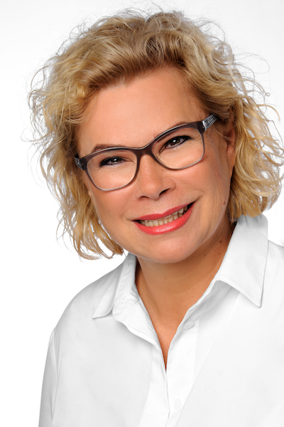 Sabine Bundschuh, Meistertrainer Permanent Make-up